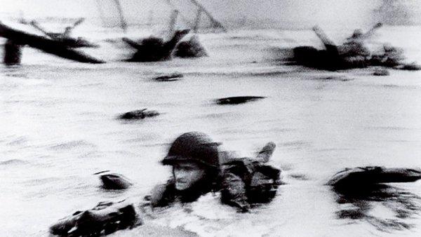 Robert Capa: las fotos perdidas del día D