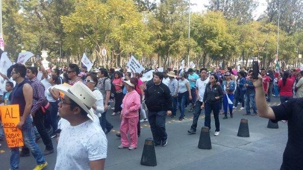 Marchas en 17 estados contra el gasolinazo de Peña Nieto y las trasnacionales
