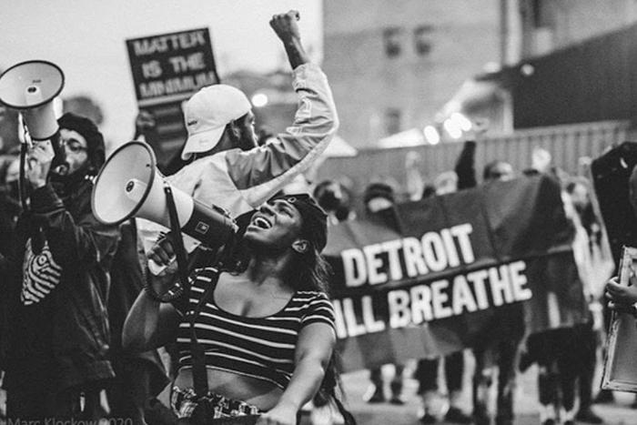 L'organizzazione Detroit Will Breathe si mobilita come parte del corteo di massa di Black Lives Matter della primvera 2020.